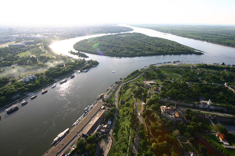 merdging-point-of-sava-and-danube-river-war-island1
